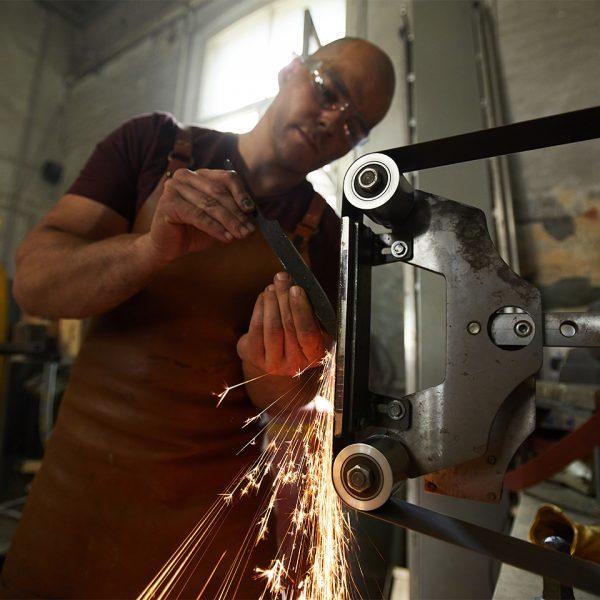 C.1 Actividades del CNAE 24, trabajos de fabricación, producción y tranformación de hierro, acero y metales no férreos, etc