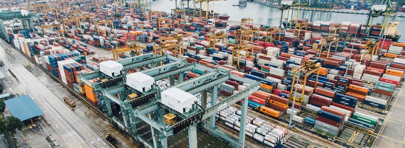 C.30 Operarios en almacén y logística y aprovisionamiento en los procesos de fabricación