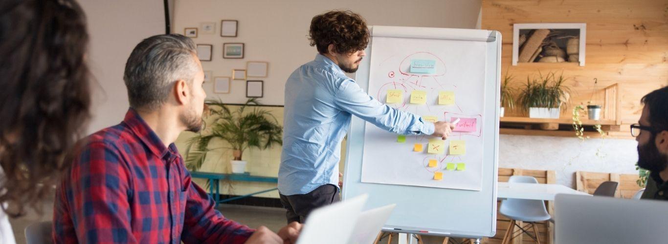 Creatividad y Procesos en Toma de Decisiones Grupales